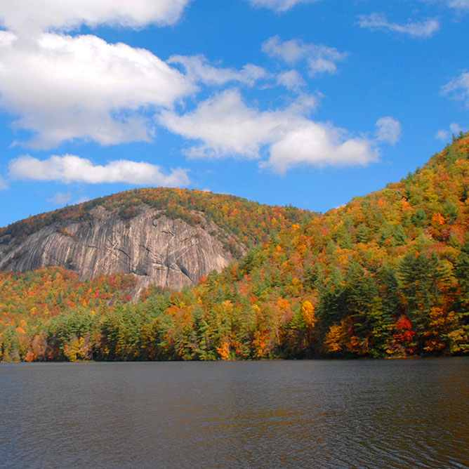Study predicts more visitors for region's fall color season